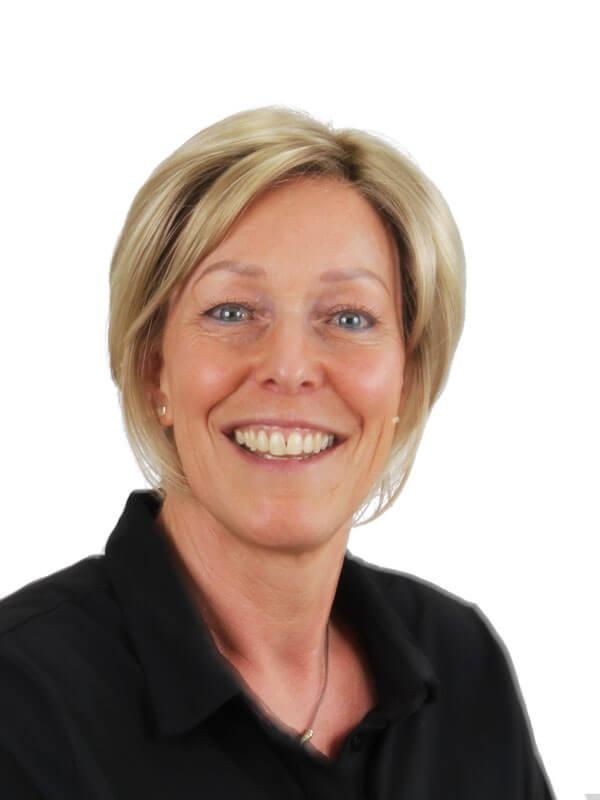 Medewerkers | Esther van Loon | Barnevelds Tandtechnisch Laboratorium